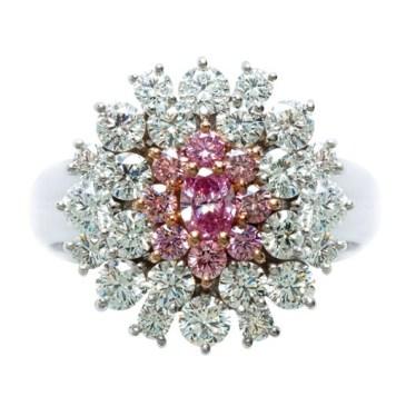 Vivid Pink Diamond Ring