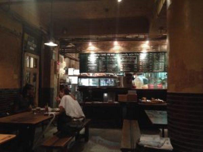 カフェ「Cafe Independants カフェ・アンデパンダン」4