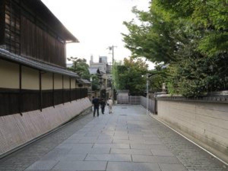 石塀小路八坂神社32