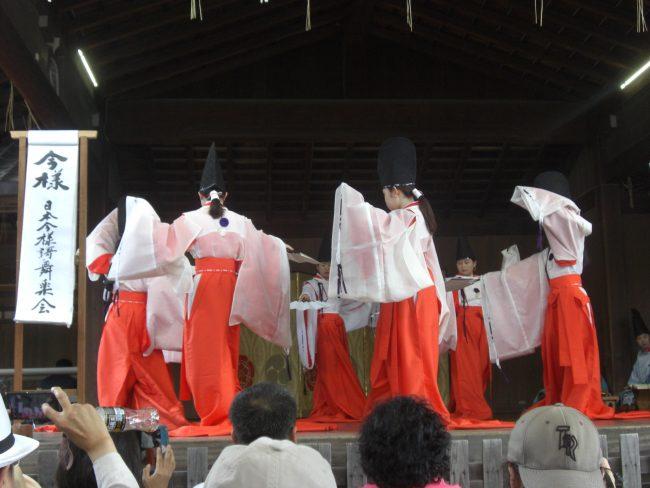 伝統芸能奉納