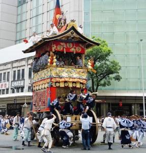 京都・祇園祭・山鉾巡行・岩戸山