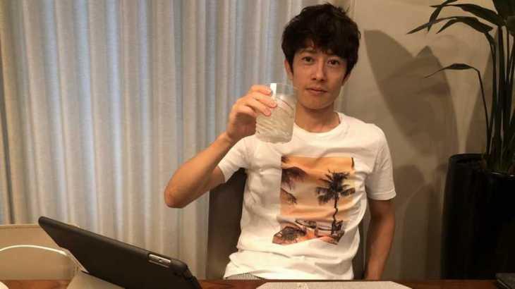 篠崎元志選手のTOP画像です。