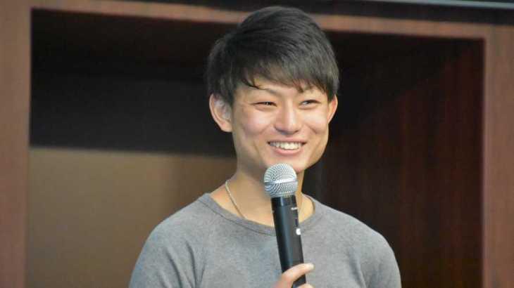中村晃朋選手のTOP画像です。