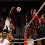 WKU Volleyball Find Rhythm and Take Down Cincinnati, 3-1