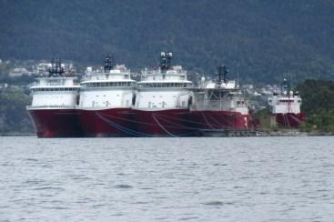 Arbeidsledige båter i fleng...