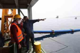 υποθαλάσσιος αγωγός ύδρευσης στην Αίγινα