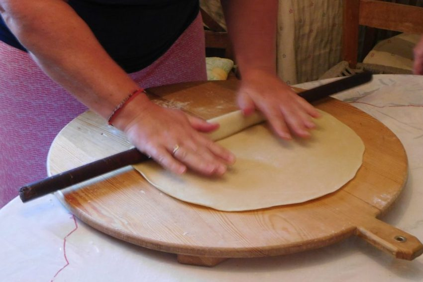 kythira traditions, holidays activities
