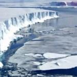 南極の棚氷、亀裂が急拡大!世界の海面が10センチ上昇するおそれも