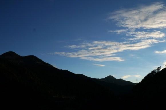 奥多摩 2016 早朝秋の空