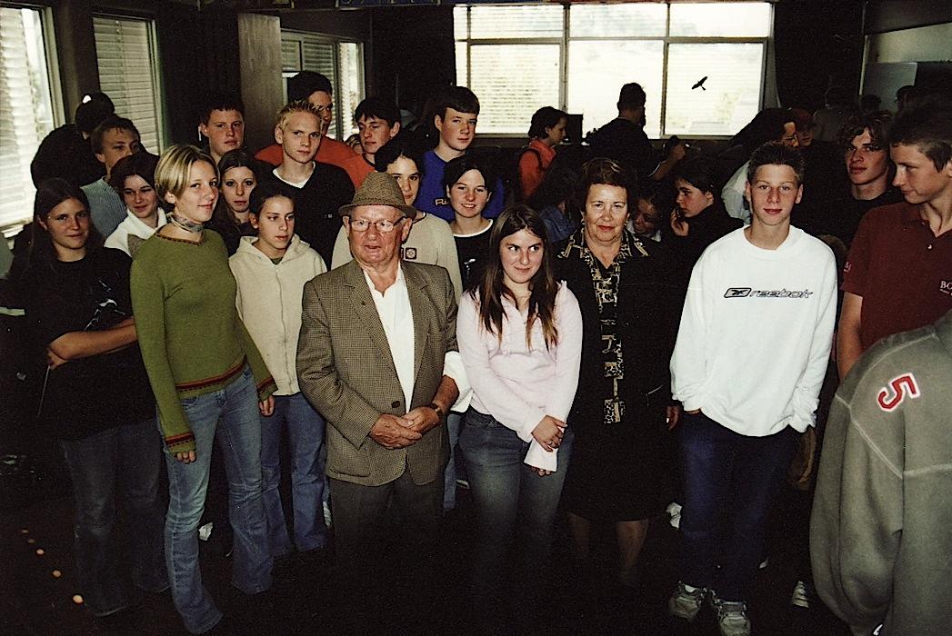 012 With pupils School at Bisingen