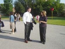 Le directeur de l'éducation, Réjean Sirois, a recontré la directrice de l'École élémentaire catholique Mgr-Jamot, Joanne Johnson.jpg