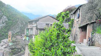 La vie dans les Alpes-Maritimes_CMYK.JPG