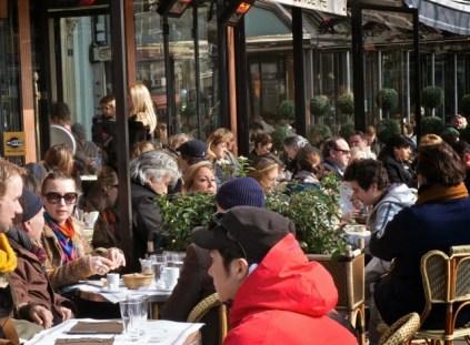 Humeurs de Paris café emmitouflé .jpeg