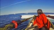 Charles Hedrich_réveil un phoque qui dormait sur la banquise.jpg