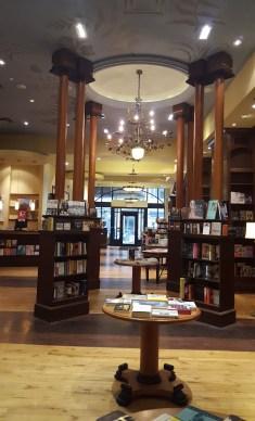 La librairie Ben McNally rue Bay. (Photo: Nathalie Prézeau)