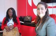 L'animatrice de la nouvelle émission 15-30 Ontario, Élizabeth Ryan, avec la chroniqueuse Lydie Fagnia.