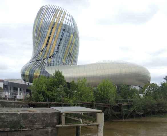 La Cité du vin à Bordeaux.