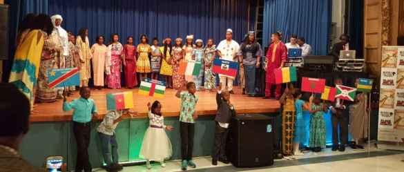 Des élèves de tous les pays dans les écoles du CSDCCS.