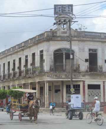 Ancien hôtel (1925) de Morón.