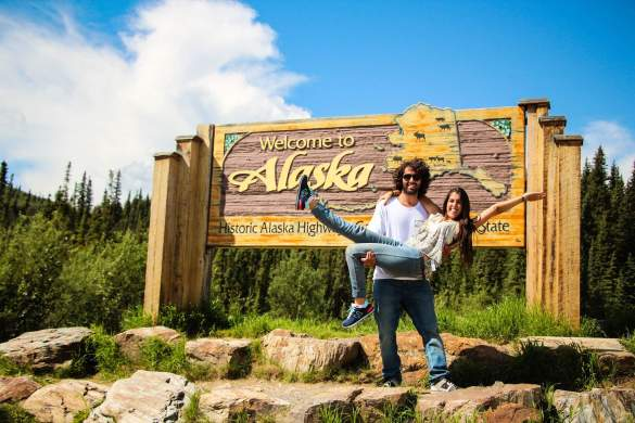 Nico et Lola arrivés en Alaska.  (Photo: page Facebook Kombipa'l Norte)