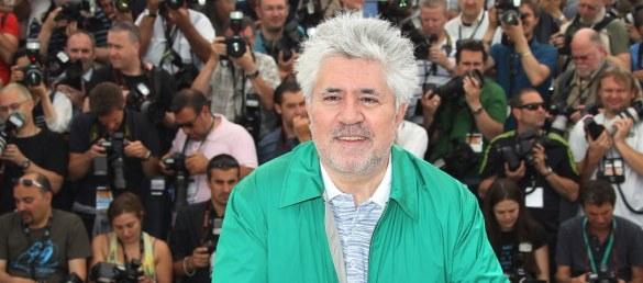 C'est au flamboyant réalisateur, scénariste, producteur, acteur espagnol Pedro Almodovar que le Festival a confié cette année l'honneur de présider le jury de la Compétition officielle.