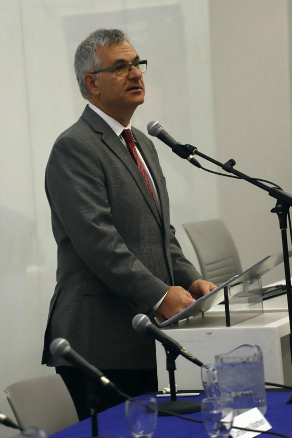 Le ministre québécois Jean-Marc Fournier à Glendon vendredi.