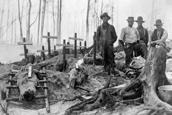 Lendemains d'incendie en 1911.