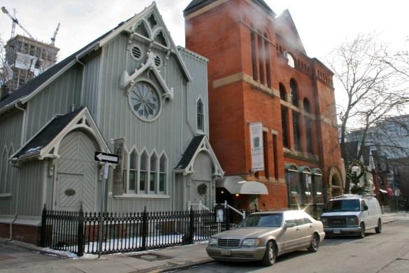 Le Heliconian Hall: la seule église en bois encore debout à Toronto.