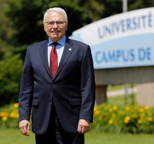Le commissaire désigné aux langues officielles du Canada, Raymond Théberge, recteur de l'Université de Moncton. Auparavant, il a été sous-ministre adjoint au ministère de l'Éducation de l'Ontario (2009-2012) et DG du Conseil des ministres de l'Éducation du Canada (2005-2009).