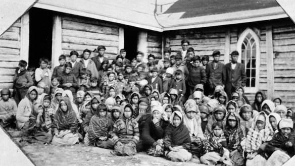 Colonialisme Commission VR enfants autochtones