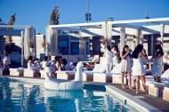 Une soirée blanche d'ApéroChic au Cabana Pool Bar.