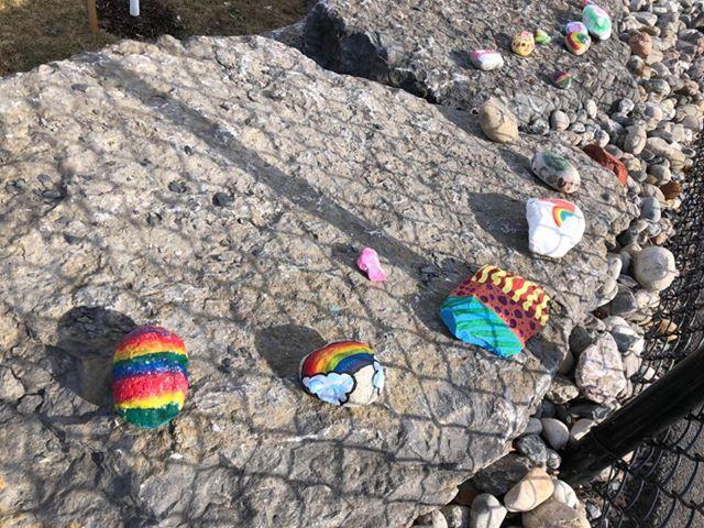 des pierres peintes synonymes d espoir