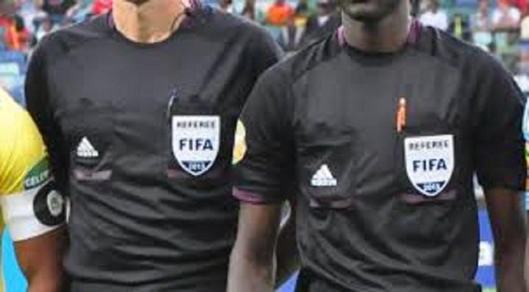 Ghana / Foot : Des arbitres copieusement frappés lors d'un match de D2 (Photos)