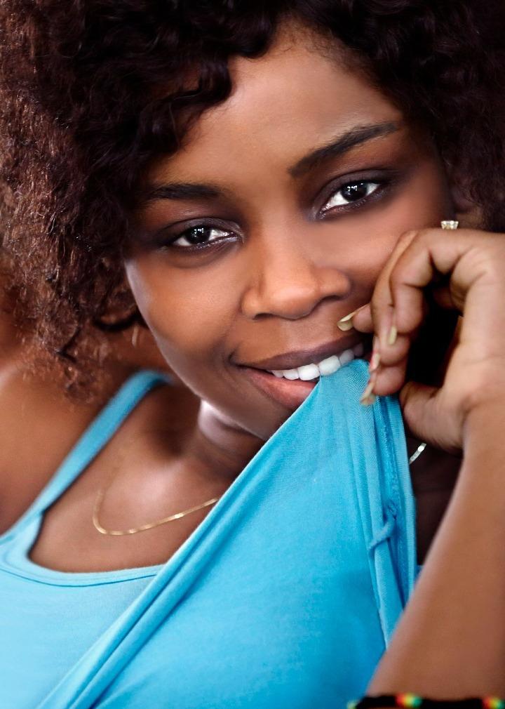 Valentine Alvares, groupe Rocky, Inès Kokou, Institut français du Togo,