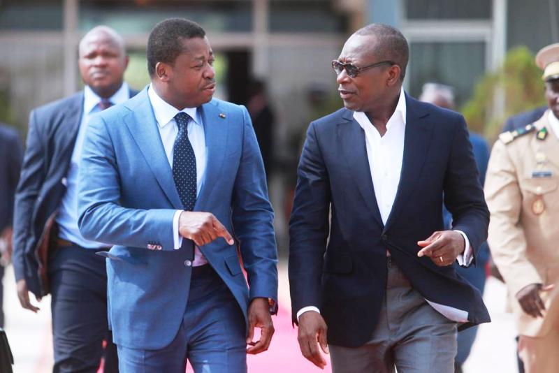 La CEB mise sous administration provisoire dès le 1er janvier 2019 : voici les décisions prises ce mardi 27 novembre 2018 par les Présidents Gnassingbé et Talon