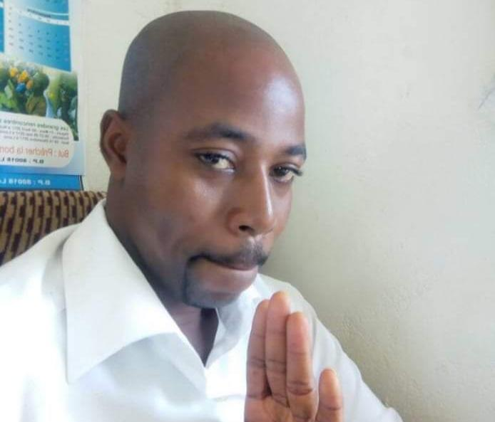 """Togo/Un journaliste tacle les influenceurs : ''Ça sert à quoi de montrer qu'on est riche sur les réseaux sociaux et demander du soutien financier quand on est malade ?"""""""