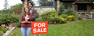 Couple selling their home. (Getty Images)