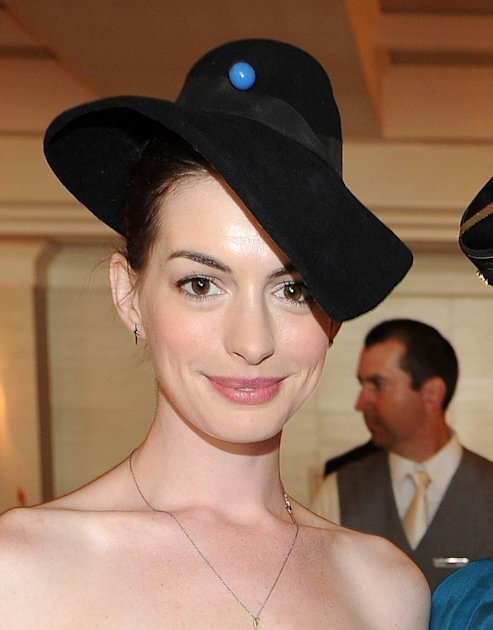 Anne Hathaway Private Auc …