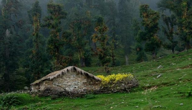 A farmer's hut in Dug…