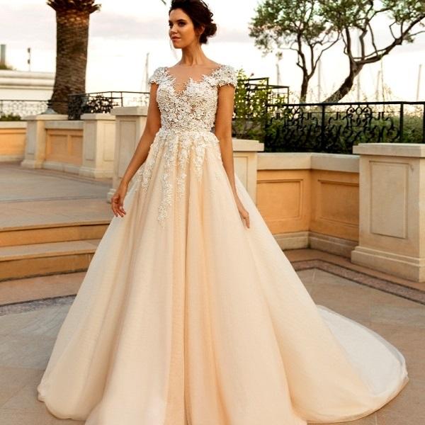 bröllopsklänning färg betydelse