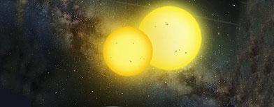 Esta ilustración distribuida por la Universidad Estatal de San Diego muestra un planeta descubierto recientemente, llamado Kepler 35, que gira alrededor de dos estrellas. (AP/Lynette R. Cook, San Diego State University)