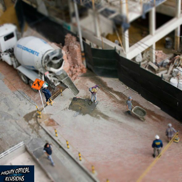 Fake Miniature: Construction