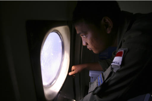 Search widens for missing Malaysian passenger jet