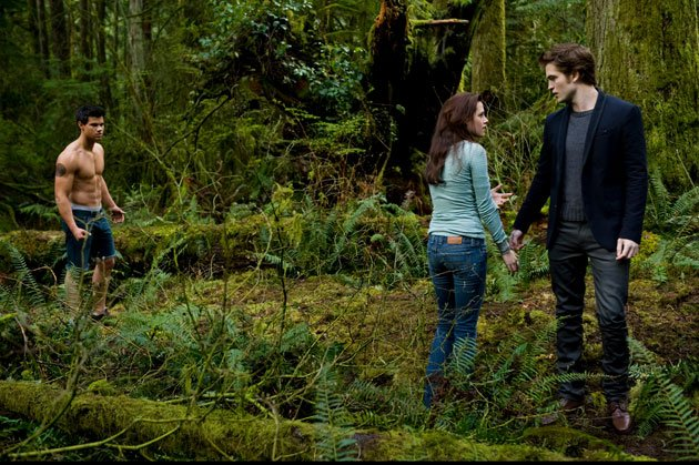 Twilight Sexiest Moments: New Moon sees a topless Taylor Lautner and the sexy levels upped a peg or two.