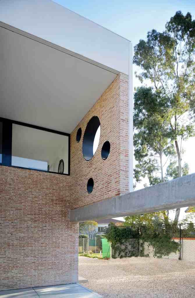 Vivienda_IA - hormigon arquitectónico y fabricas de ladrillo - LANDINEZ+REY   equipo L2G arquitectos, slp [ eL2Gaa ]