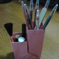 Origami Pen / Cosmetics Holder