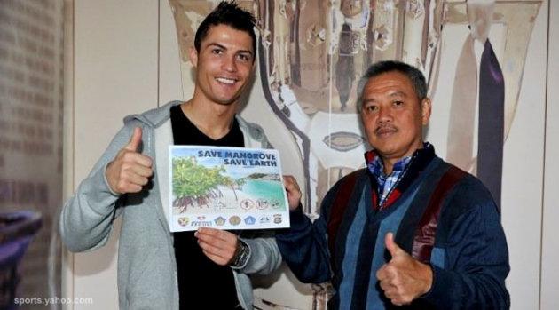 Ronaldo Jadi Duta Mangrove Indonesia