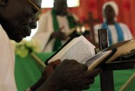 South Sudanese worshippers attend Sunday prayers in Baraka Parish church at Hajj Yusuf, on the outskirts of Khartoum, February 10, 2013. REUTERS/Mohamed Nureldin Abdallah