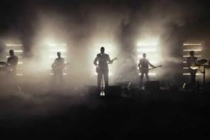 Band würde gerne € 1.000.000 Euro bei Konzert ins Publikum blasen