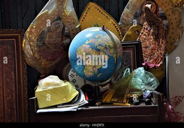 Map globe store its all about maps in the world world maps list map and globe stores full hd pictures 4k ultra full wallpapers and globes how to find freerunsca Image collections